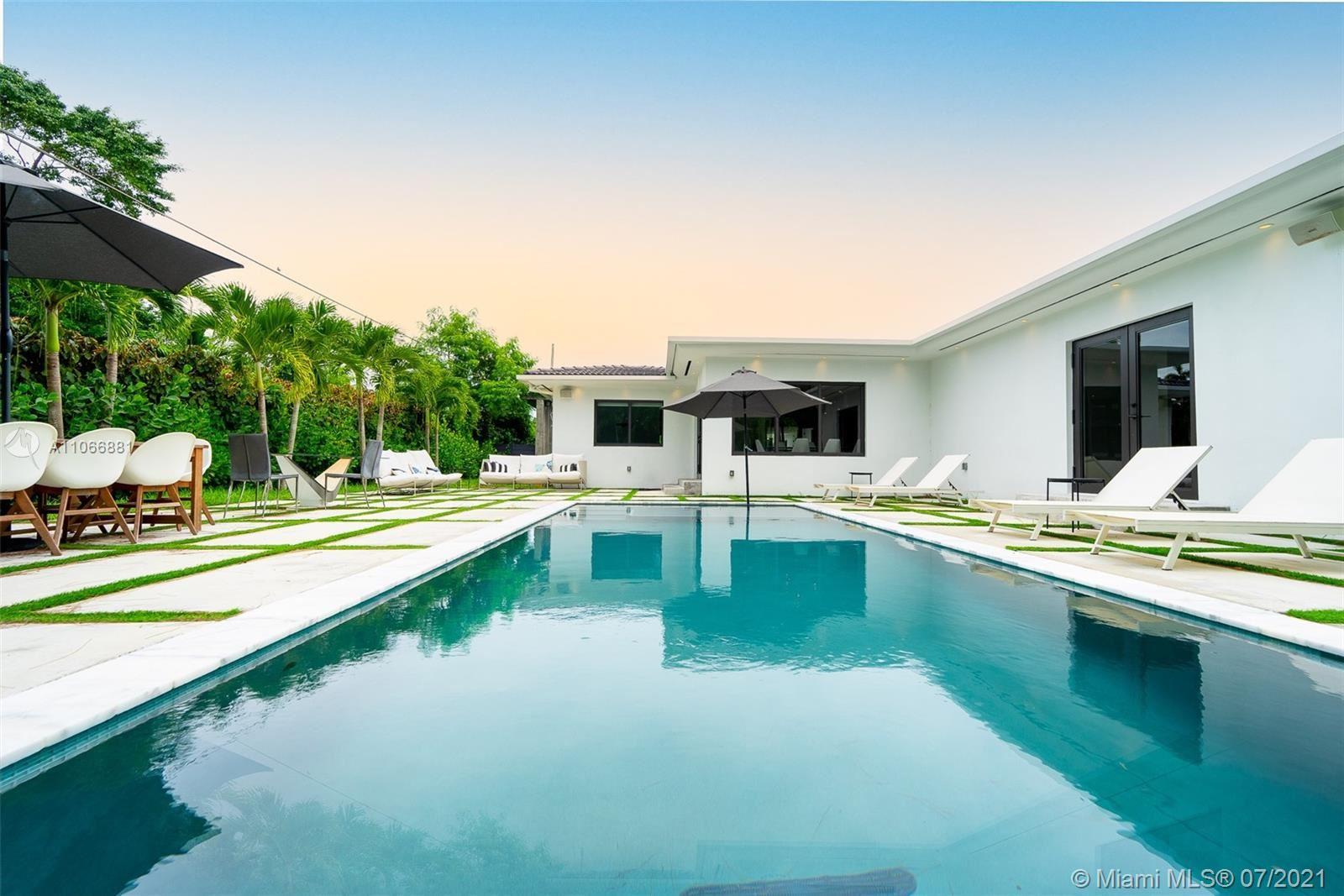 525 W 37th St, Miami Beach, FL 33140 - #: A11066881