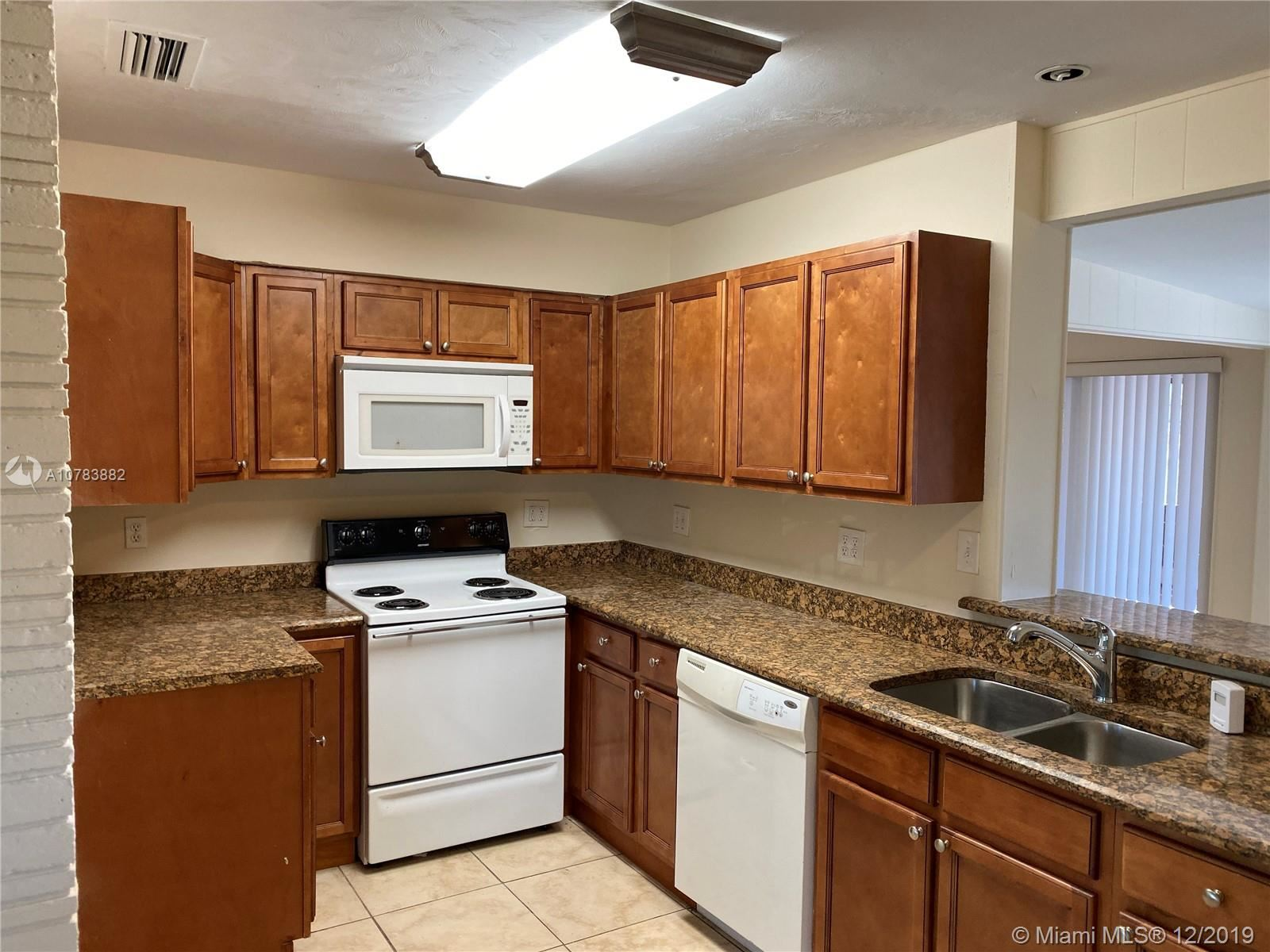 Photo of 3344 SW 19th St, Fort Lauderdale, FL 33312 (MLS # A10783882)