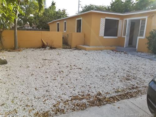 Photo of Listing MLS a10809883 in 2256 Cody St Hollywood FL 33020