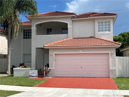 Photo of 16224 SW 55th Ter, Miami, FL 33185 (MLS # A10889884)