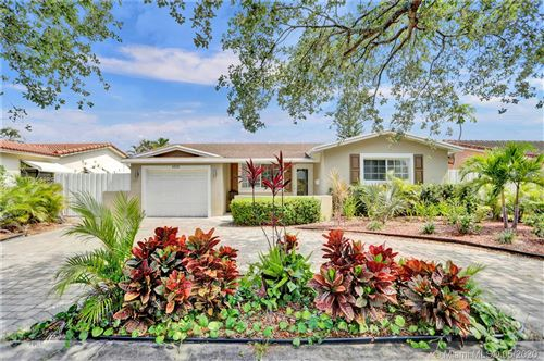 Photo of Listing MLS a10856885 in 4815 Johnson St Hollywood FL 33021