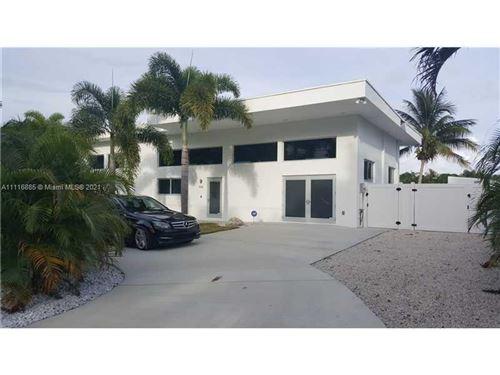Photo of 406 Venice Dr, Boynton Beach, FL 33426 (MLS # A11116885)