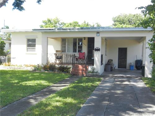 Photo of 266 Hammond Dr, Miami Springs, FL 33166 (MLS # A10741887)