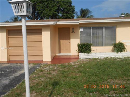 Foto de inmueble con direccion  Miami Gardens FL 33169 con MLS A10910888