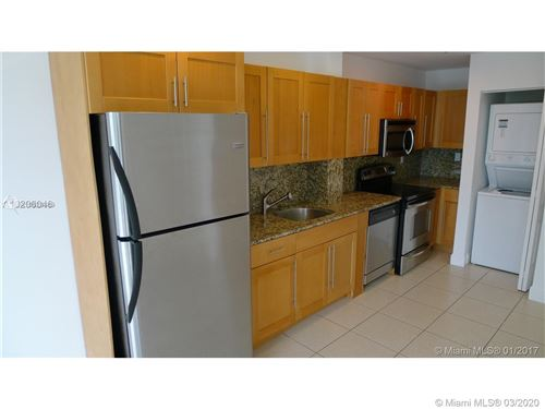Foto de inmueble con direccion 945 Michigan Ave #4 Miami Beach FL 33139 con MLS A10828889