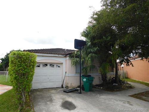Foto de inmueble con direccion 13920 SW 171st St Miami FL 33177 con MLS A10834889