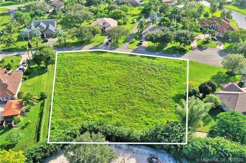 Photo of 0 SW 51 Ct, Pembroke Pines, FL 33332 (MLS # A10946889)