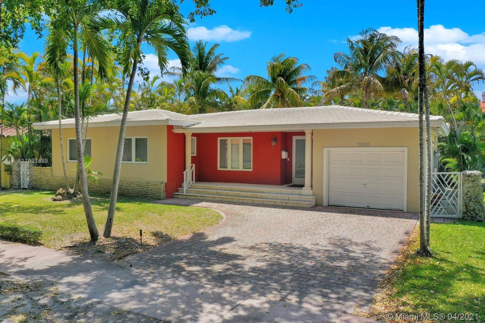 1220 Capri St, Coral Gables, FL 33134 - #: A11021889