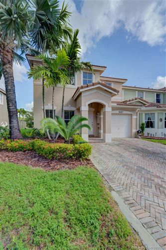 Photo of 16407 SW 48th Ter, Miami, FL 33185 (MLS # A10927891)