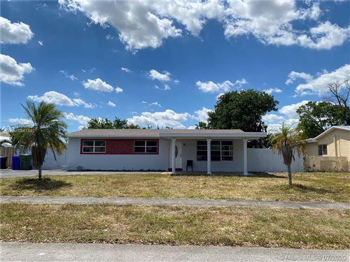 Photo of 6900 SW 3rd St, Pembroke Pines, FL 33023 (MLS # A10841892)