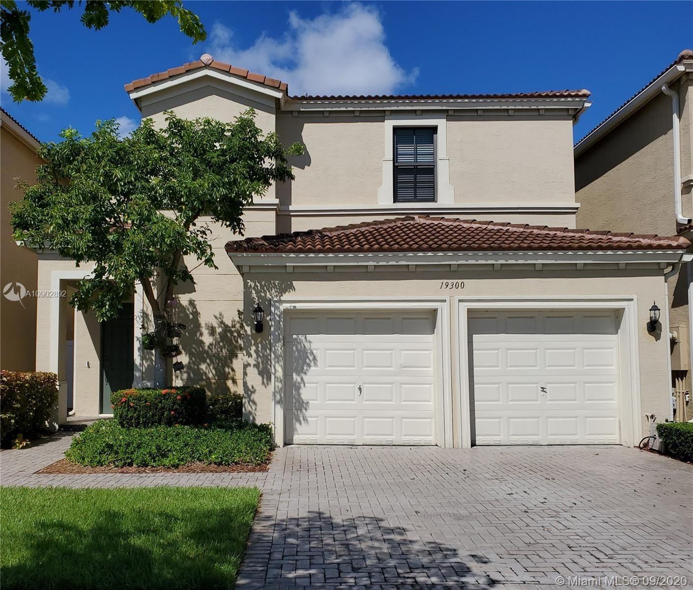 19300 NE 9th Pl, Miami, FL 33179 - #: A10902892