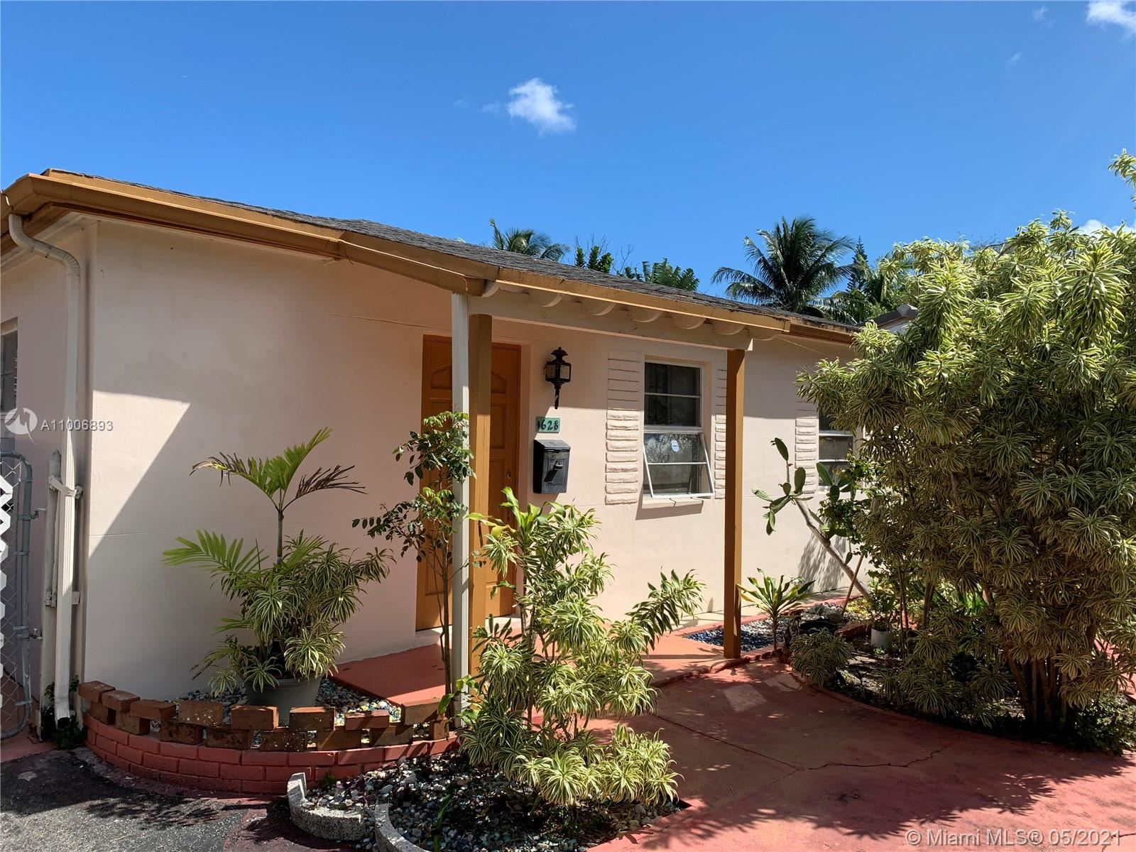 1628 NW 5th Ave, Fort Lauderdale, FL 33311 - #: A11006893