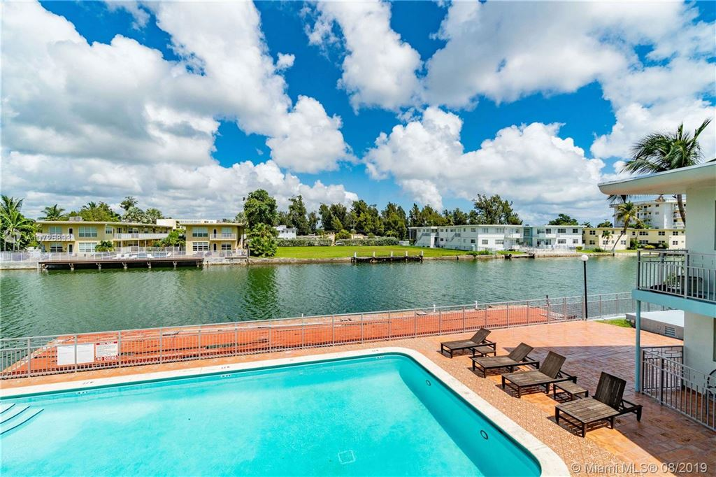 Photo 1 of Listing MLS a10726893 in 1265 Marseille Dr #30 Miami Beach FL 33141
