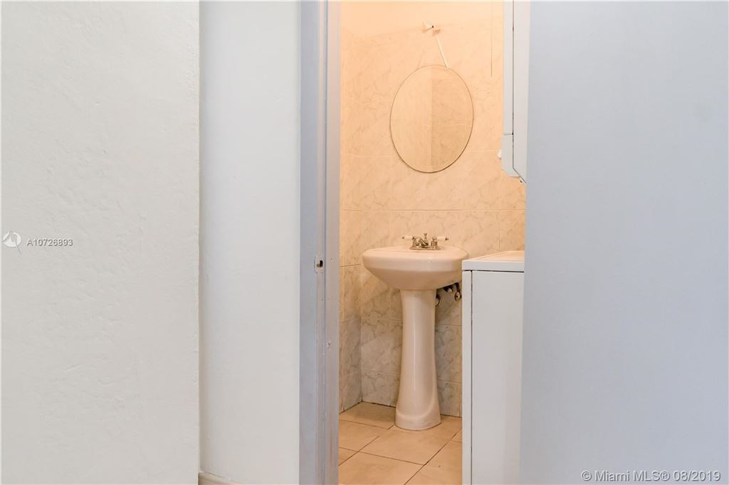 Photo 18 of Listing MLS a10726893 in 1265 Marseille Dr #30 Miami Beach FL 33141