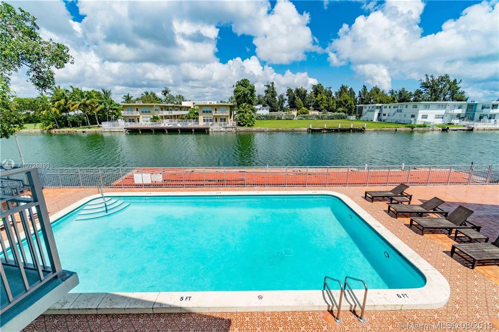 Photo 22 of Listing MLS a10726893 in 1265 Marseille Dr #30 Miami Beach FL 33141
