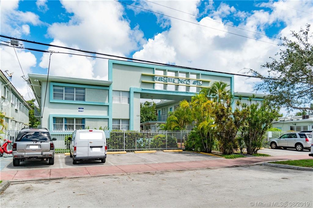 Photo 28 of Listing MLS a10726893 in 1265 Marseille Dr #30 Miami Beach FL 33141