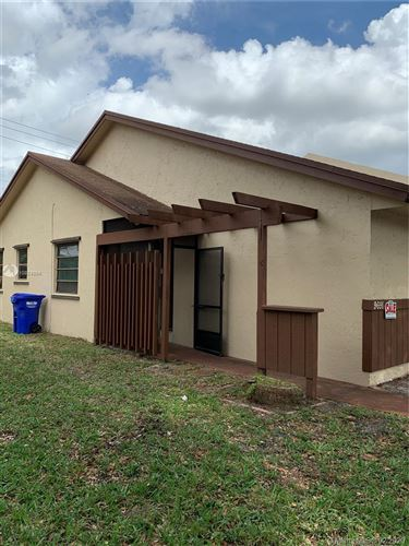 Photo of Listing MLS a10824894 in 9691 NW 16th Ct #9691 Pembroke Pines FL 33024