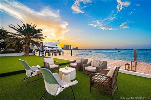 Foto de inmueble con direccion 1413 N Venetian Way Miami FL 33139 con MLS A10738895