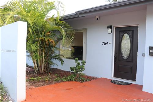 Photo of Listing MLS a10901895 in 754 NE 36th St Oakland Park FL 33334