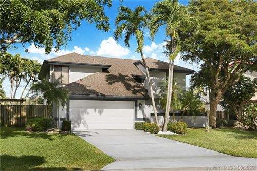 Photo of 6547 Sweet Maple Ln, Boca Raton, FL 33433 (MLS # A10836896)