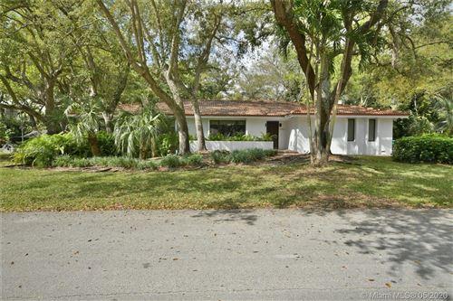 Photo of 16100 SW 76th Avenue, Palmetto Bay, FL 33157 (MLS # A10865896)