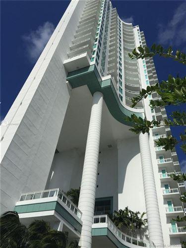 Foto de inmueble con direccion 900 Brickell Key Blvd #2001 Miami FL 33131 con MLS A10744897