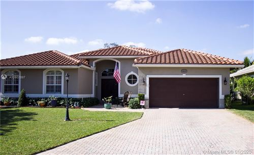 Photo of Listing MLS a10802897 in 4916 NW 58 AVE Coral Springs FL 33067