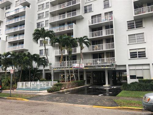 Photo of 150 SE 25th Rd #2A, Miami, FL 33129 (MLS # A10813897)