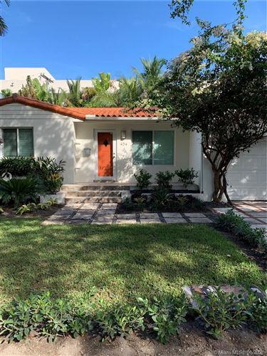 Photo of 434 Loretto Ave, Coral Gables, FL 33146 (MLS # A11060899)