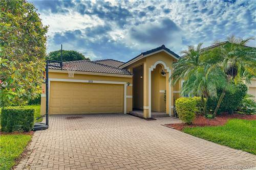 Photo of 4010 Turquoise Trl, Weston, FL 33331 (MLS # A11078899)