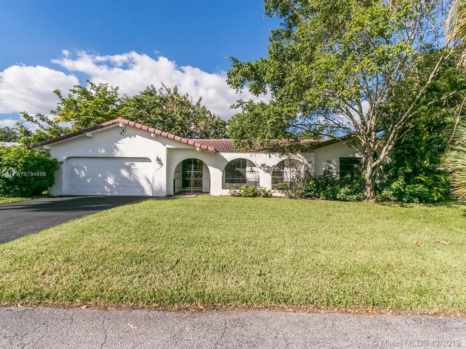 Photo of 10251 NW 39th Ct, Coral Springs, FL 33065 (MLS # A10784899)