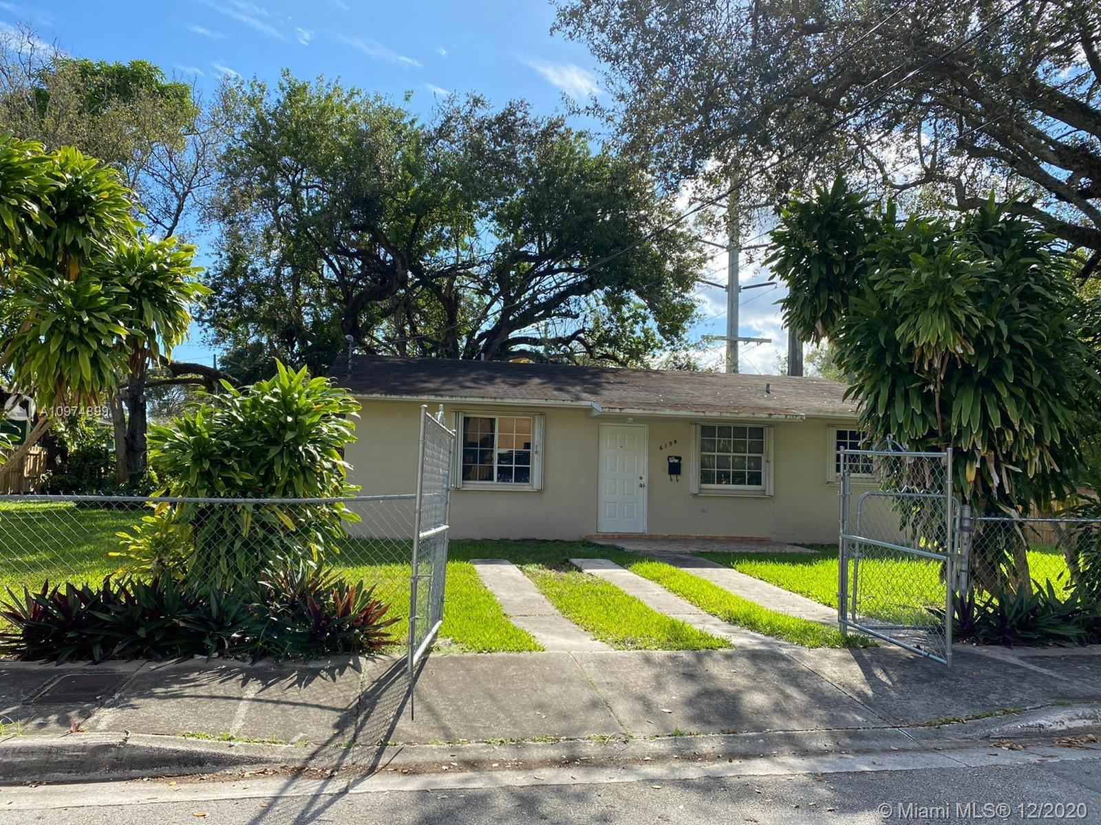 6198 SW 63rd St, South Miami, FL 33143 - #: A10974899