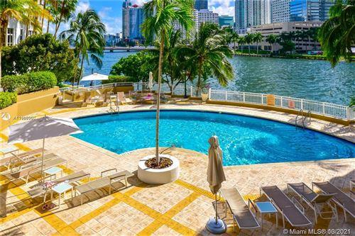 Photo of 801 Brickell Key Blvd #2905, Miami, FL 33131 (MLS # A11108900)