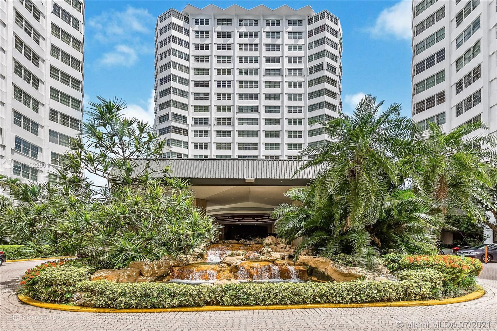 905 Brickell Bay Dr #1423, Miami, FL 33131 - #: A11022901