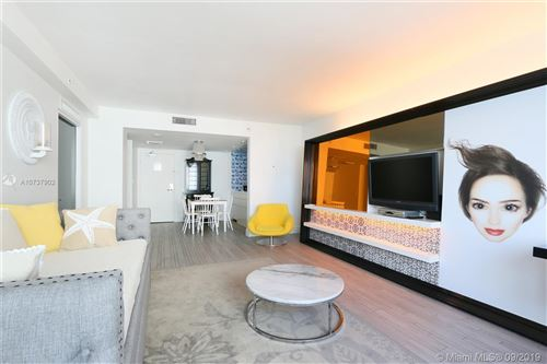 Foto de inmueble con direccion 1100 West Ave #704 Miami Beach FL 33139 con MLS A10737902