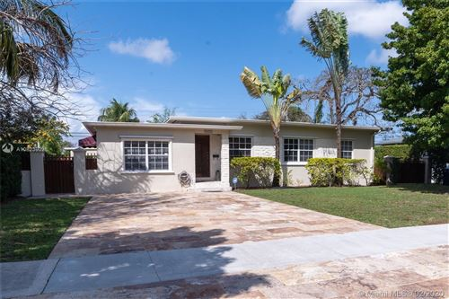 Photo of Listing MLS a10823902 in 5971 SW 45th St Miami FL 33155