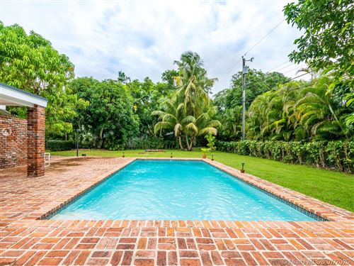 Photo of Listing MLS a10895902 in 15315 SW 82nd Ct Palmetto Bay FL 33157