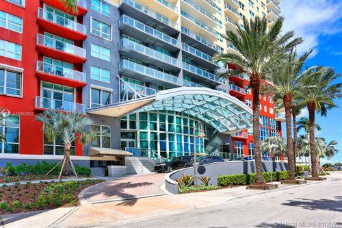 Photo of 1155 Brickell Bay Dr #1106, Miami, FL 33131 (MLS # A10960902)