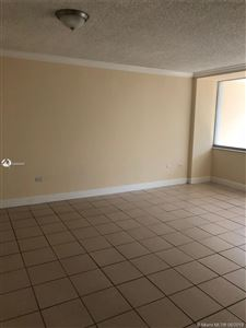 Foto de inmueble con direccion 7545 E Treasure Dr #4J North Bay Village FL 33141 con MLS A10688903