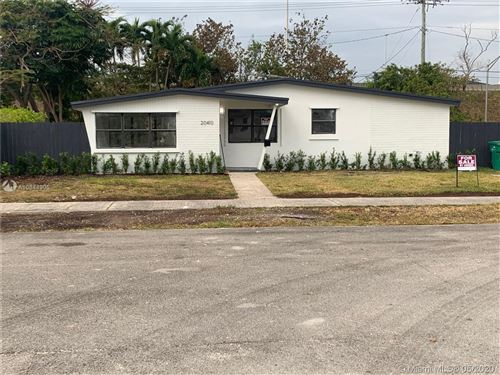 Foto de inmueble con direccion 20410 SW 106th Ct Cutler Bay FL 33189 con MLS A10844905