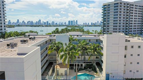 Foto de inmueble con direccion 1401 Bay Rd #204 Miami Beach FL 33139 con MLS A10921905