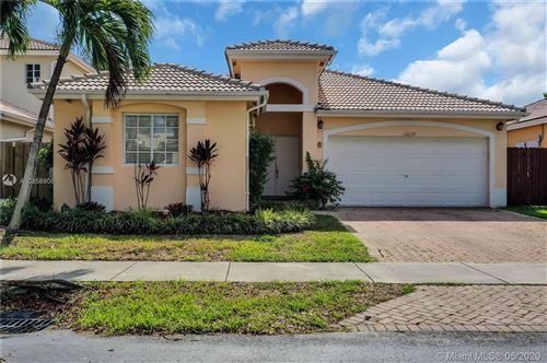Photo of Listing MLS a10858906 in 14239 SW 156th Ave Miami FL 33196