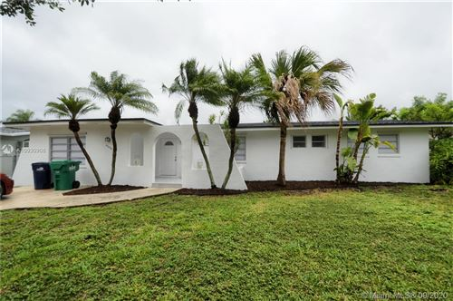Photo of 16645 SW 93rd Ct, Palmetto Bay, FL 33157 (MLS # A10930906)