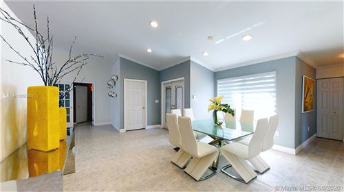 Photo of Listing MLS a10850907 in 201 SW 198th Ter Pembroke Pines FL 33029