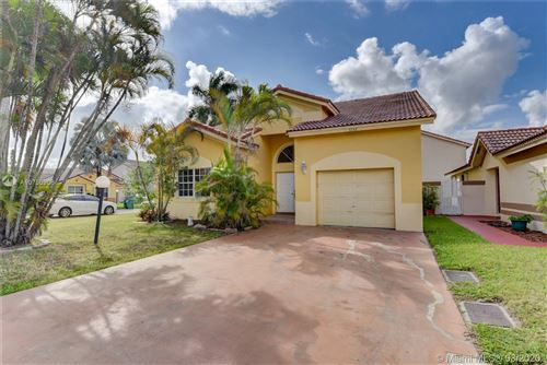 Photo of Listing MLS a10750908 in 5342 NW 190th LN Miami Gardens FL 33055