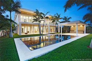 Foto de 3465 N Meridian Ave, Miami Beach, FL 33140 (MLS # A10372909)