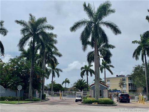 Foto de inmueble con direccion 8560 SW 212th St #208 Cutler Bay FL 33189 con MLS A10916909