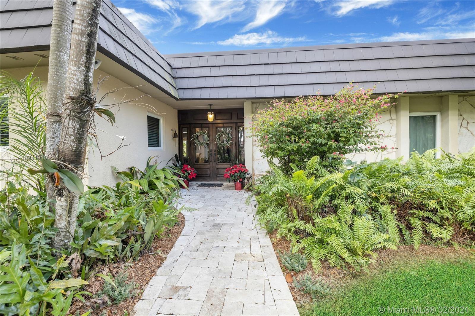 9800 SW 92nd Ave, Miami, FL 33176 - #: A10941910
