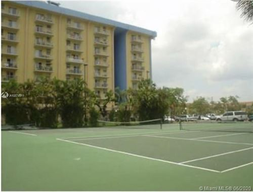 Foto de inmueble con direccion 4550 NW 9th St #706E Miami FL 33126 con MLS A10874911