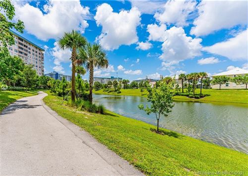 Photo of 4200 Hillcrest Dr #208, Hollywood, FL 33021 (MLS # A10988911)